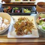 AIRSIDE CAFE - お昼ごはんランチ¥950