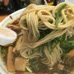 48700372 - 麺は馴染みのあるストレート麺です。(2016.3 byジプシーくん)