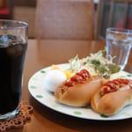 カフェ・リアン - 料理写真:ホットドッグのモーニングをいただきました、モーニングは14:00までOKですよ♪