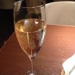 48706892 - シャンパン