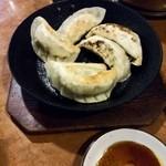 48708708 - □自家製焼き餃子(6個) 450円(内税)□ 小振りで一口で食べられます。