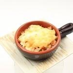 森乃園カラオケ茶屋 - アボカドツナチーズ焼き