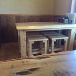 そば切 桔香草 - 以前は座卓だったがテーブルに変わった