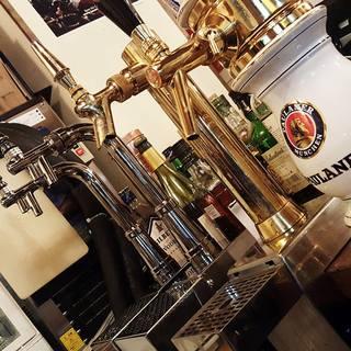 世界15ヶ国70種類のビールを取り揃え!