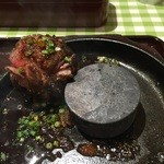 極味や - 黒炭火 伊万里牛鉄板