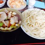 藤店うどん - 肉汁うどん(中):880円(税込)