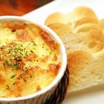 IZAKAYA 時々 - マッシュポテトのチーズ焼き
