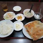 歓迎 - 川崎歓迎羽根付き餃子定食(8コ)