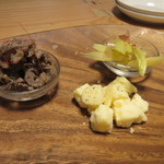グリルSumitoko - 先ずコースの最初はチーズ等の前菜の盛り合せから。