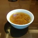 48725537 - テールスープも美味しいですよ♪