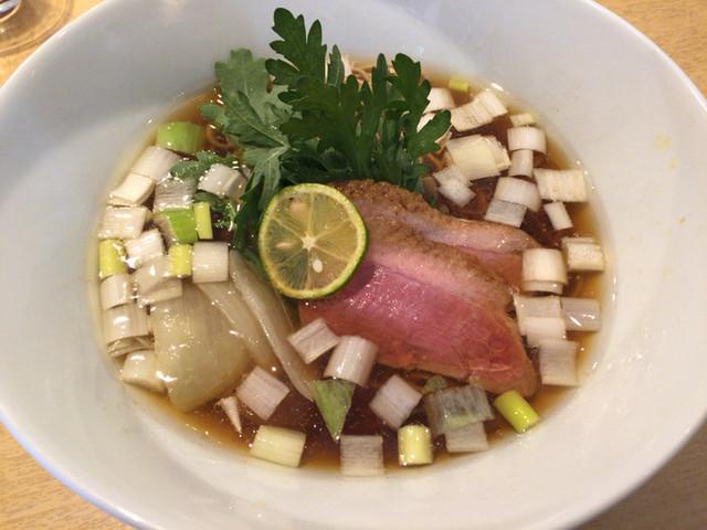 紫 くろ喜 - 鴨そば(細麺)