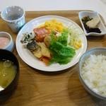 グレイトフル高千穂 - 朝食の1例