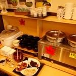 グレイトフル高千穂 - ご飯、汁物コーナー