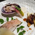 Awataguchi - 焼き物(大あさり、甘鯛、しいたけ、ホワイトアスパラ)
