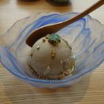 小松庵総本家 - 蕎麦のアイスクリーム