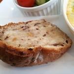 48736063 - 自家製のパンです。