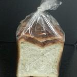 オンコー アン マタン - 「フランス風食パン」401円税抜