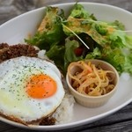 Cafe OMO屋 - 料理写真:ひき肉とナスのジンジャー炒めライス