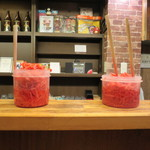 丸和前ラーメン - 紅ショウガもスタンバイです。