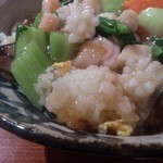 48753490 - ・海鮮餡かけチャーハン 底にある炒飯は白く固まっている