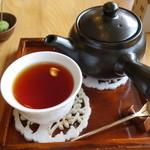 むしやしない - 紅茶
