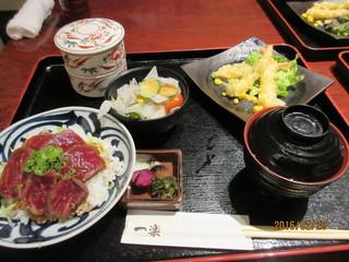 一楽 - 和牛タタキ丼とエビマヨ御膳