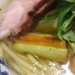 特級鶏蕎麦 龍介 - 焼き長葱