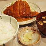 金鯱山 - とんかつ定食