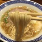 清麺屋 - 鶏魚らーめん(680円)麺リフト