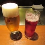 鉄板焼 宮地 - 生ビール 800円+TAX・カシスソーダ 800円+TAX