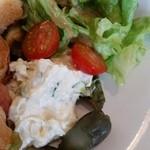 akane - プレートのサラダ