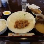 とんかつ 播 - 料理写真:ロースカツ定食