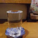 三平 - 日本酒 ぬる燗