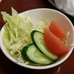お食事処花茶碗 - サラダが付きます