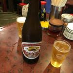 末ッ子 - 瓶ビール 漂う街の中華屋雰囲気