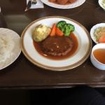ベル - ハンバーグランチ=950円 ドリンク付
