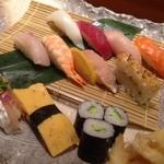 寿し栄 - 美味しいお寿司♪( ´▽`)