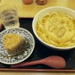 48791842 - ごぼう天うどん+かしわ飯にぎり+お冷〔16/3/18撮影〕
