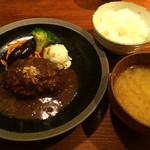 山本のハンバーグ - 粗挽きハンバーグ定食 2016.3撮影