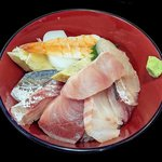 すしや万采 - 海鮮丼