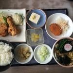 48797150 - ワンコイン唐揚げランチ+ミニタヌキ