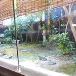 鶴喜 - きれいな庭