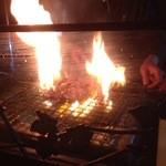 とり乃屋 - 豪快に鶏を焼きます