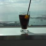 48815139 - 窓際のアイスコーヒー