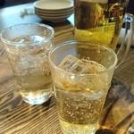 48820106 - ビールとランチドリンク