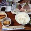 石松 - 料理写真:石松定食(刺身五点盛り)1,300円(外税)