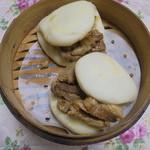 中華粽専門店 龍鳳 - 角煮バーガー、おうちで蒸しました。