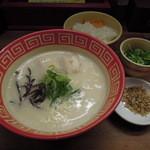九州じゃんがららあめん - 【再訪】ぼんしゃん,麺バリ,ネギ,カピタン,ライス