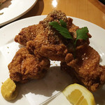 48826932 - 三笠会館名物 若鶏の唐揚げ