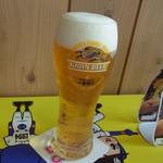 ドアラ カフェ - でもビールはキリン!
